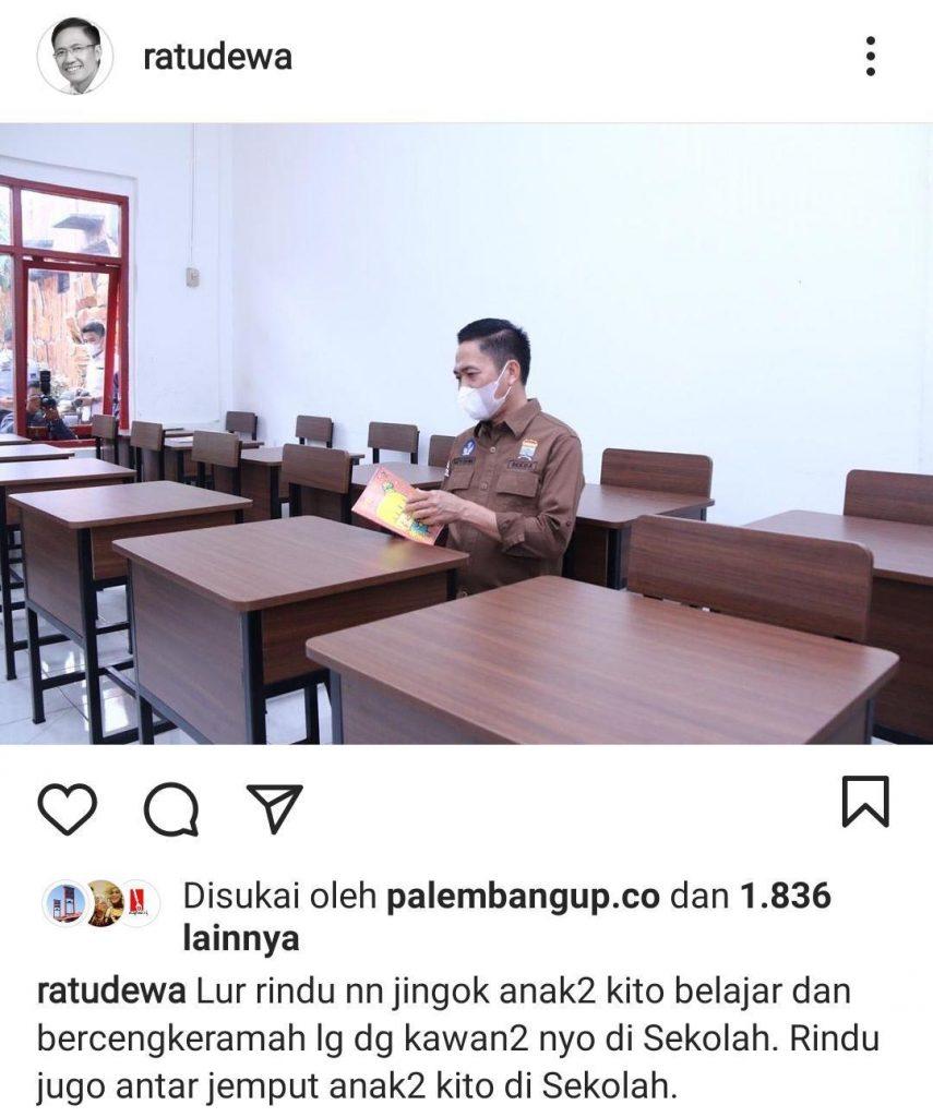 Posting Foto Duduk di Bangku Sekolah, Sekda Palembang Dibanjiri Curhat Ortu