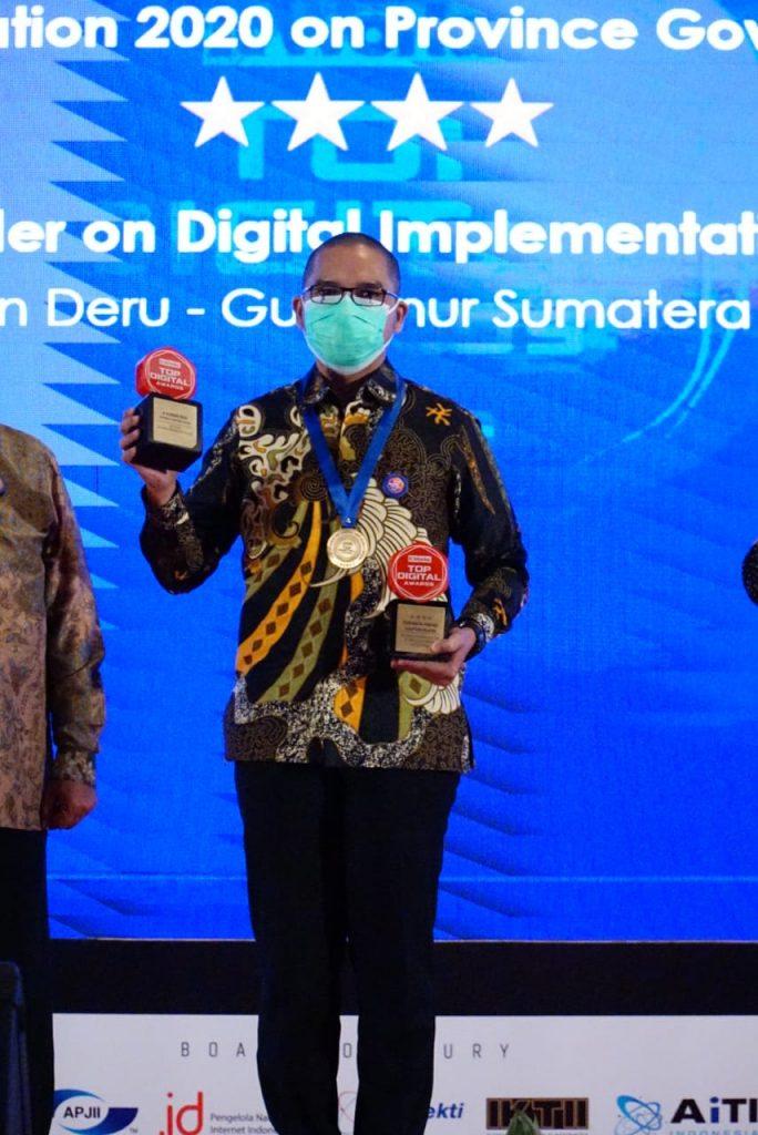 Kembali, Herman Deru Terima Penghargaan di Bidang IT