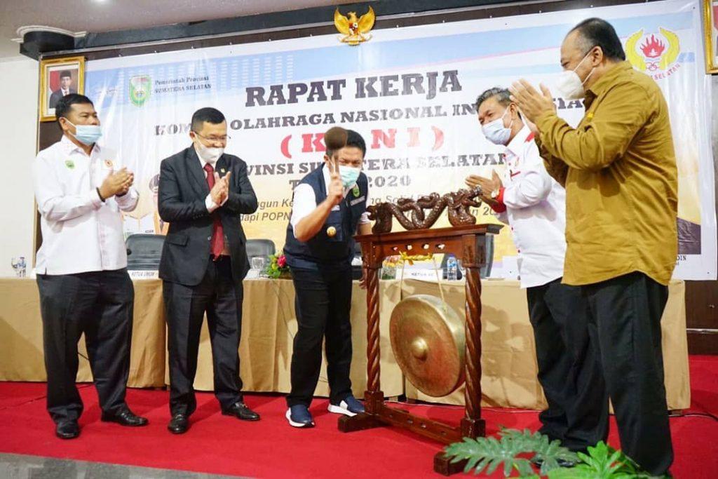 Herman Deru Harapkan KONI Jadi Tumpuan Masyarakat di Bidang Olahraga