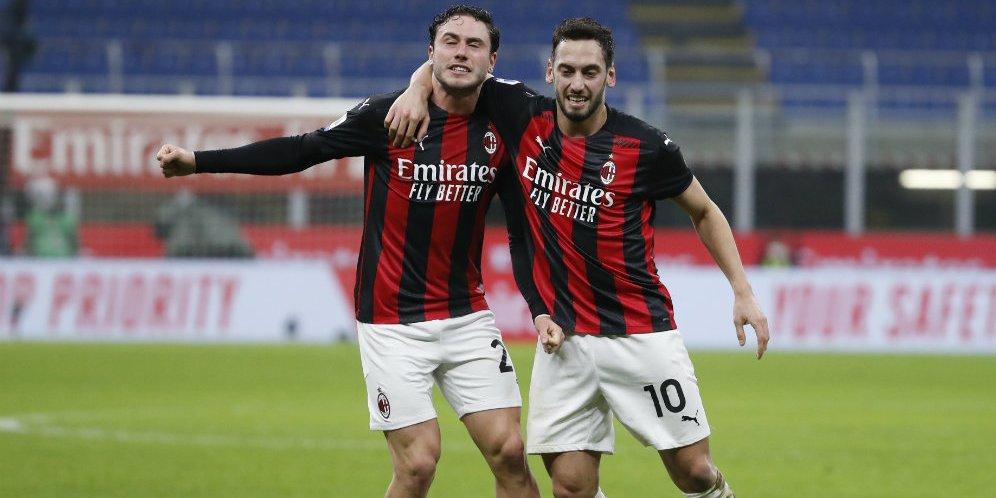 Sialnya Milan, Usai Kalah dari Juventus Kini Calhanoglu Cedera Pula
