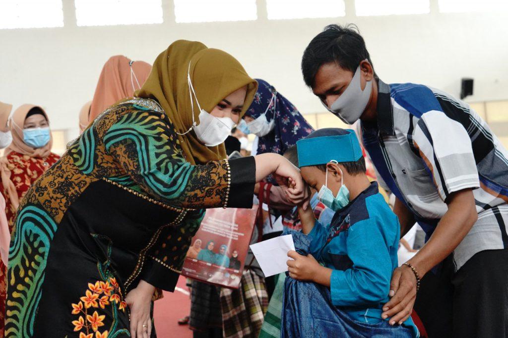Berbagi di Masa Pandemi, DWP Banyuasin Adakan Sunatan Massal