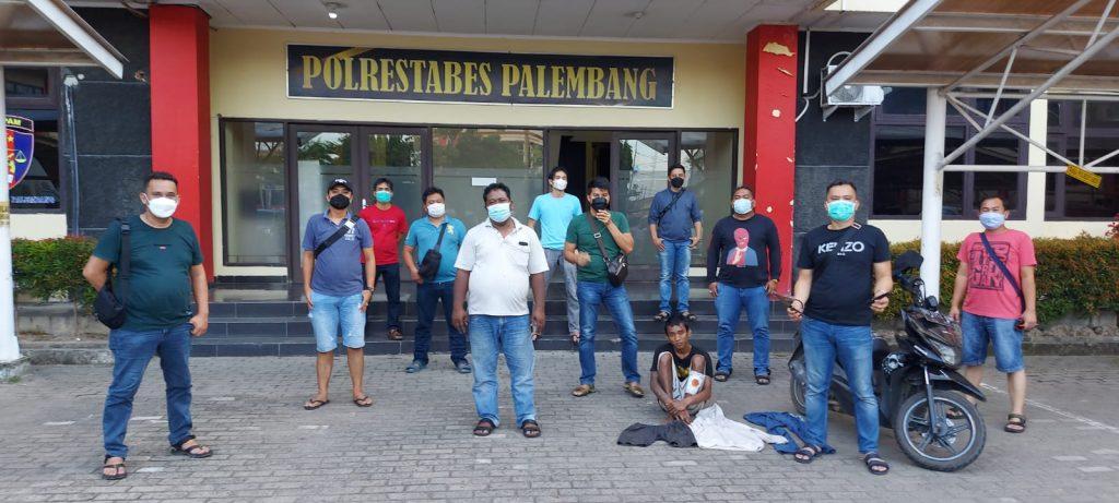 Penjambret Handphone Diringkus Polisii Saat Tidur Ditepi Sungai Dam