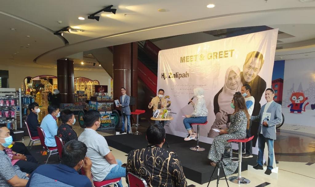 Launching Ekstrasi Sebuah Doa Hj Zalipah, Ratu Dewa Kenang Perjuangan Saat Pendidikan