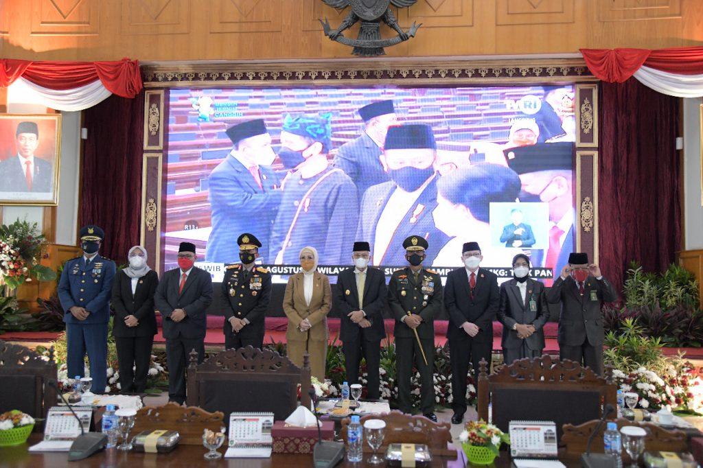 Pimpinan dan Anggota DPRD Provinsi Sumsel Dengarkan Pidato Kenegaraan Presiden RI