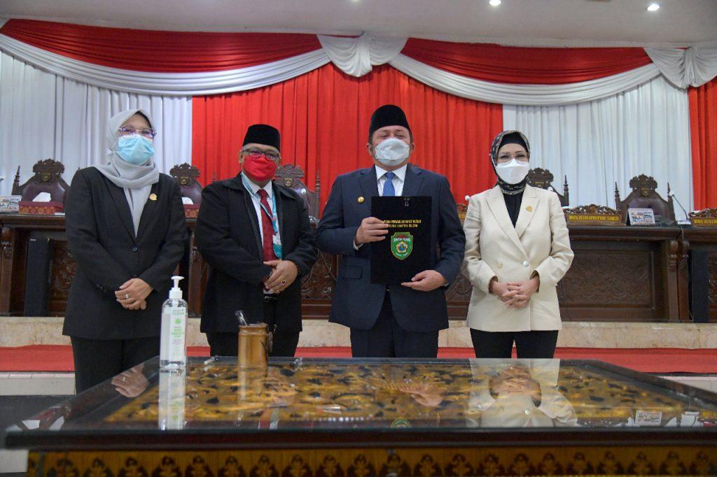 DPRD Prov. Sumsel Dan Gubernur Tanda Tangani Nota Kesepakatan Rancangan Awal Perubahan RPJMD Prov. Sumsel Tahun 2019 – 2023